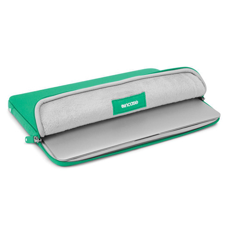 "Incase Neoprene Pro Sleeve For MacBook Air 11"" Emerald Green"